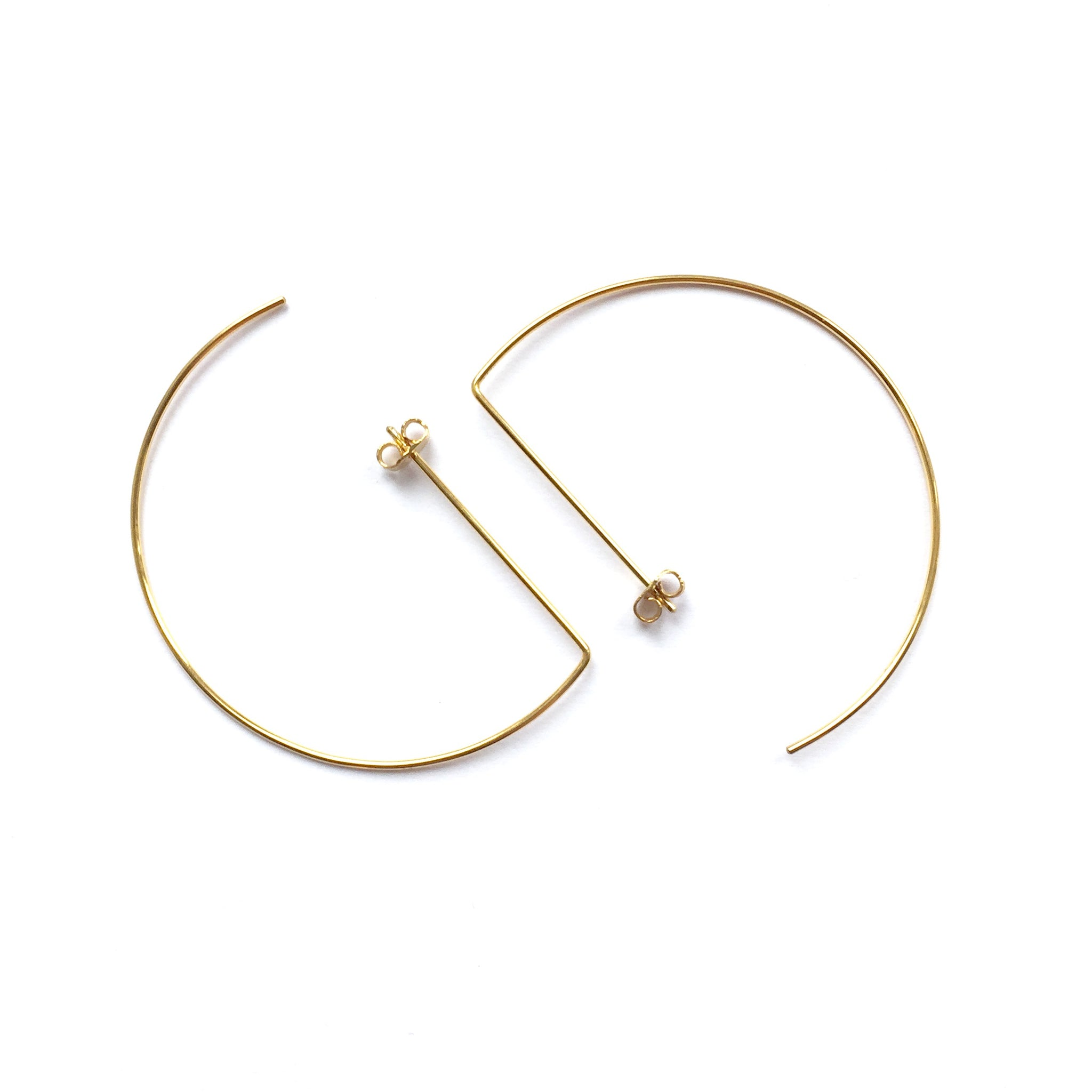 Bended Pin - Plateaux Jewellery