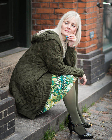 Dagens outfit | Celine jungle green med grøn strik cardigan