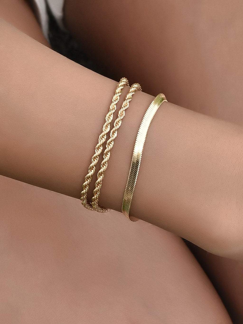 3pcs Shiny Finishi Twisted Metal Bracelet - shopnsave.pk