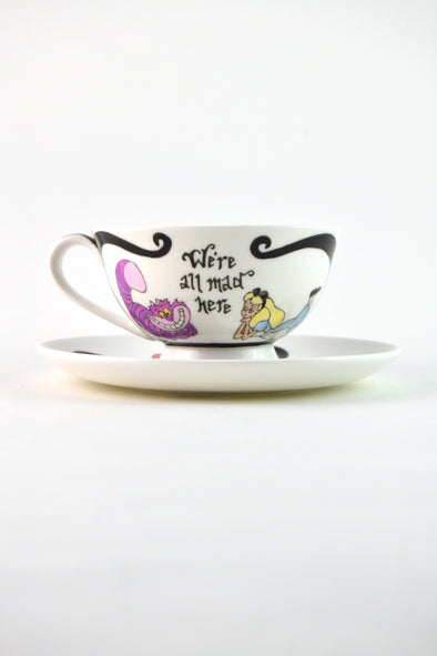 Alice in Wonderland Teacup (low)