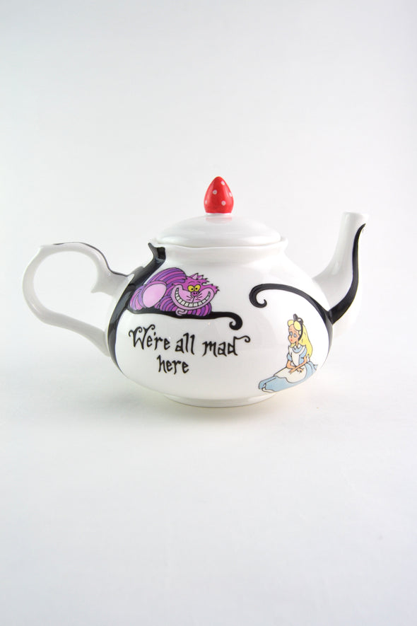 Alice in Wonderland Teapot (4 cup)
