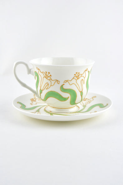 Lily Teacup and Saucer