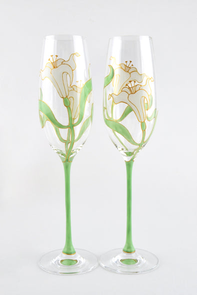 Lily Champagne Flutes