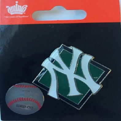 Yankees Diamond Pin