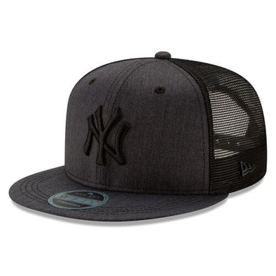 New Era New York Yankees Black Label 9Fifty Adjustable Strap Cap