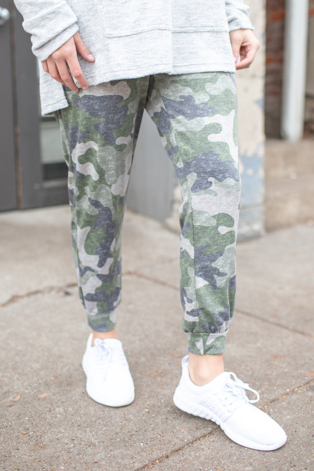 """Cozy Night In"" Joggers Camouflage"