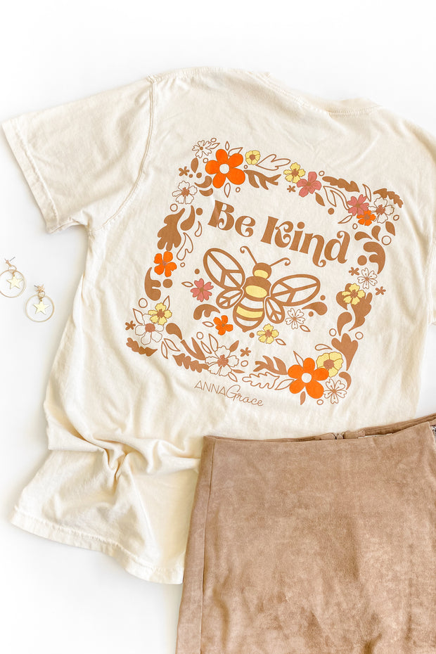 """Be Kind"" Vintage Anna Grace S/S T-Shirt"