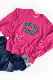 Leopard Kiss Graphic Sweatshirt Hot Pink