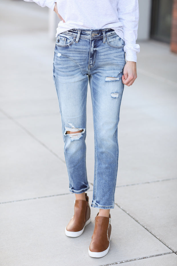 Kate Distressed Wash Mom Jeans