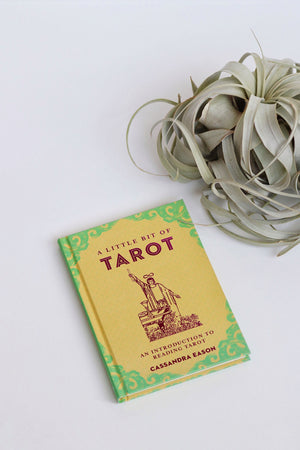A Little Bit of Tarot | An Introduction to Reading Tarot