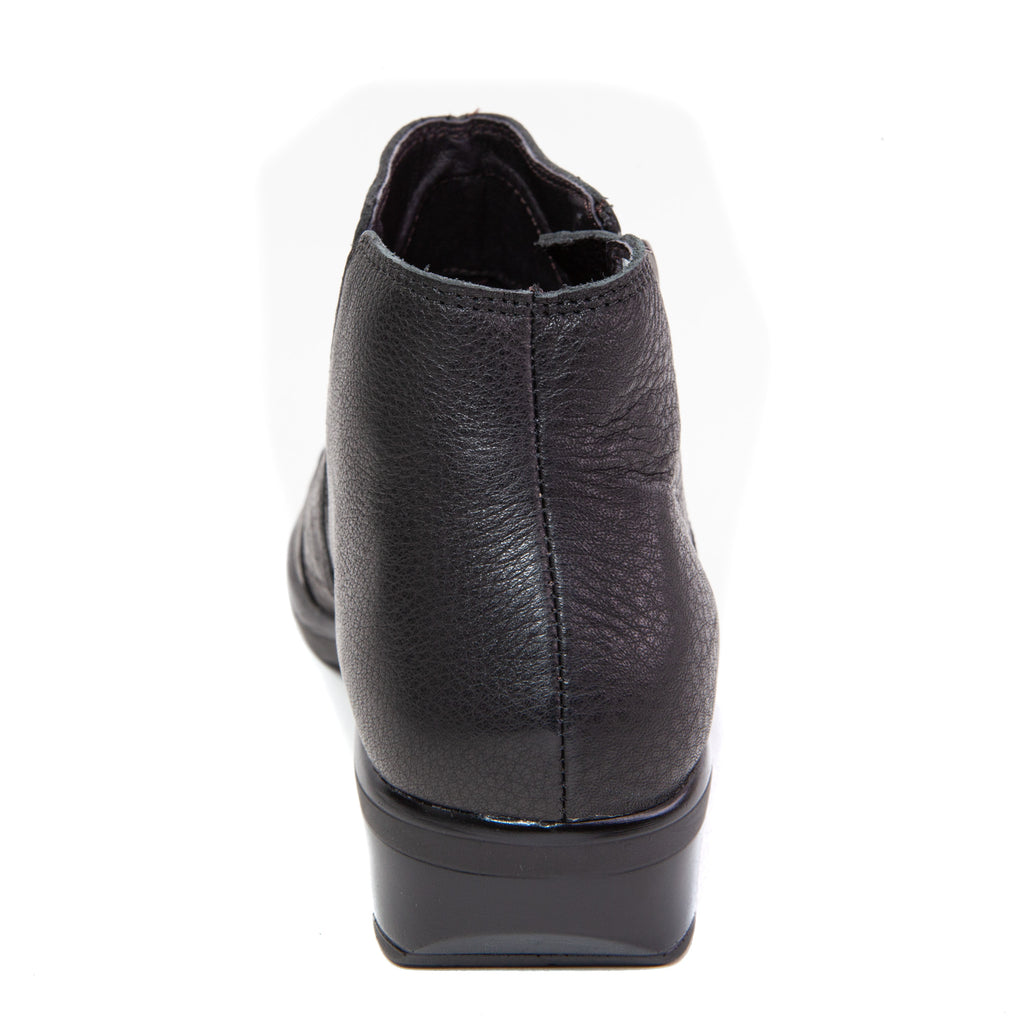 Women's Matagi Dressy Casual Slip On Bootie