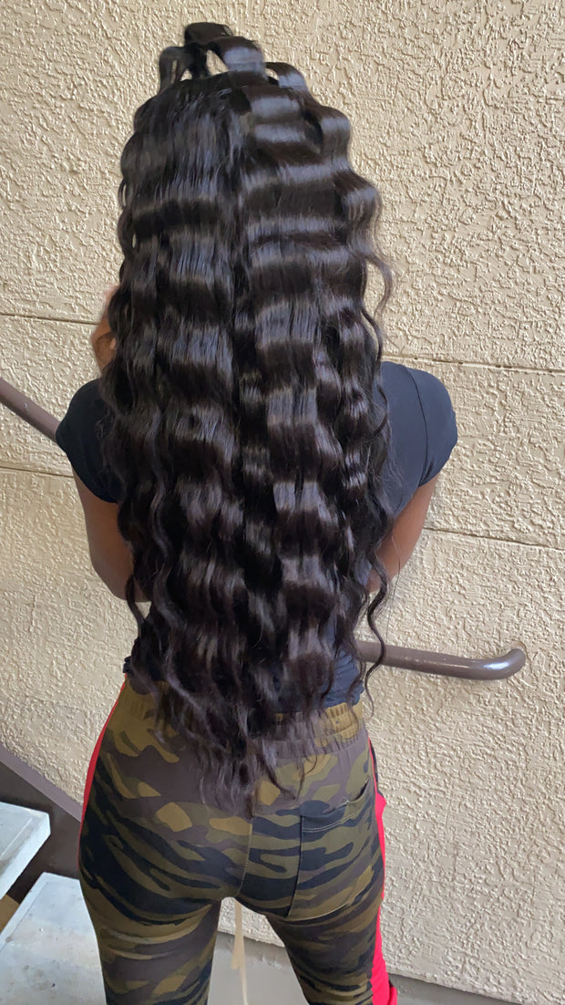 Queen's Brazilian Straight Frontal Lace Wig