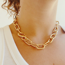 Load image into Gallery viewer, Gold carabiner necklace, gold lock necklace, gold chunky charm necklace, gold carabiner lock necklace, gold pearl necklace