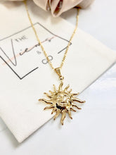 Load image into Gallery viewer, Dainty Gold Sun Necklace