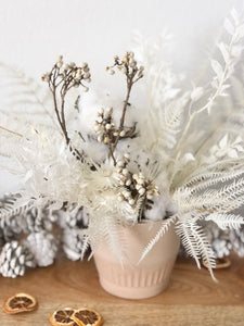 Everlasting White + Ivory bouquet (+ vase add-on)
