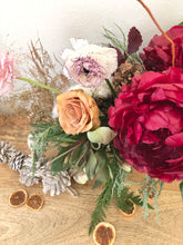 Load image into Gallery viewer, PRE-ORDER HOLIDAY: Lush Seasonal Centerpiece