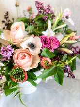 Load image into Gallery viewer, (PRE-ORDER) Mother's Day Lush Centerpiece