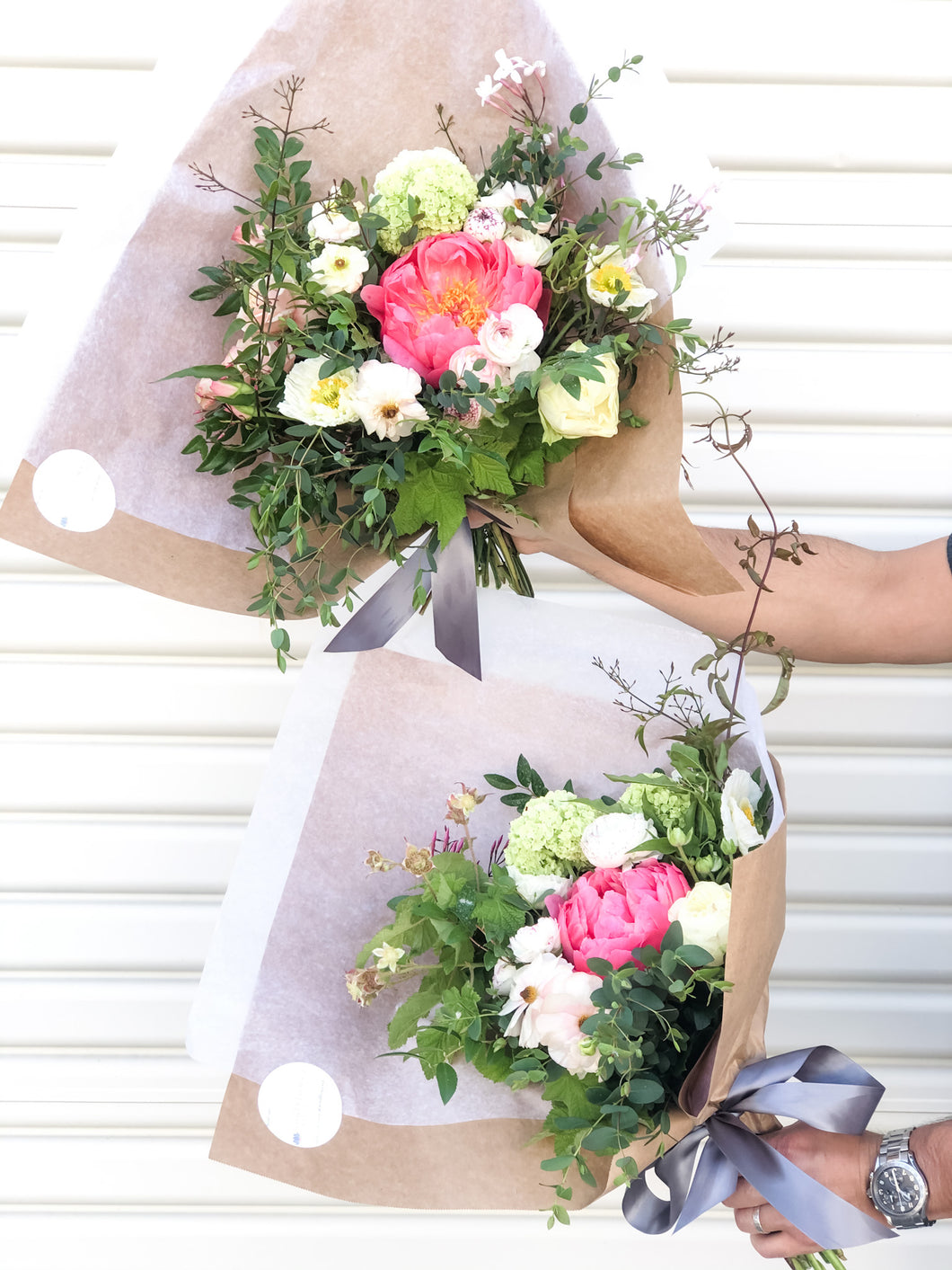 Medium hand-tied bouquet