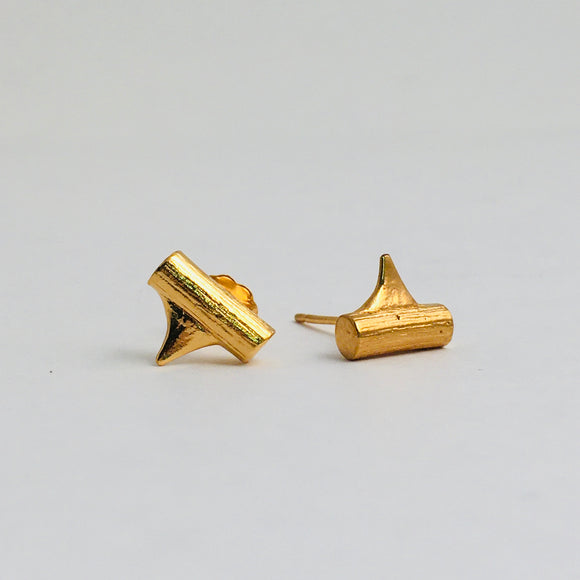 Rose Thorn Studs in Gold
