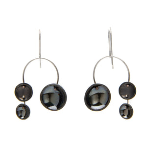 Single Chandelier Earrings in Black Porcelain