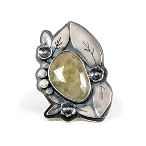 """Betty"" Ring with Grey/Green Sapphire silver"