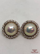 Load image into Gallery viewer, 18ct Mabe Pearl & Diamond Earrings
