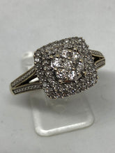 Load image into Gallery viewer, 9 ct Ladies Gold Diamond Cluster Ring