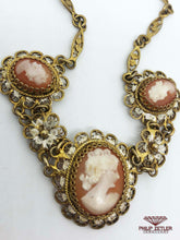 Charger l'image dans la galerie, Gold Plated Cameo Necklace