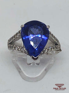 18ct White Gold Pear Shaped Tanzanite & Diamond  Ring