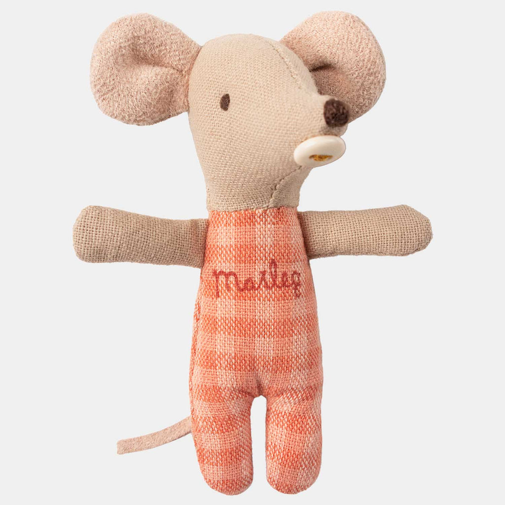 Maileg Baby Mouse - perfect for little ones with new born brothers or sisters. Perfect gift for new mothers with younger children.