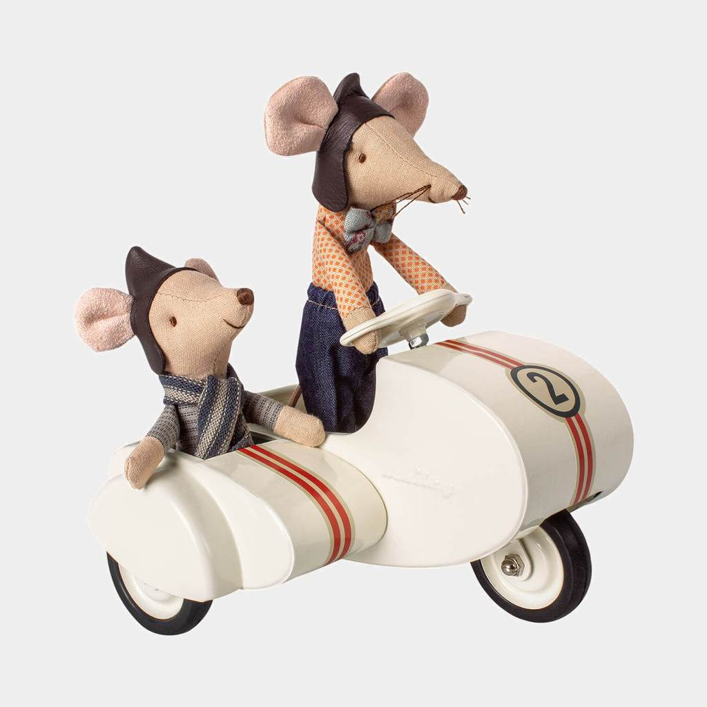 Maileg Mouse - Scooter with sidecar Black or White