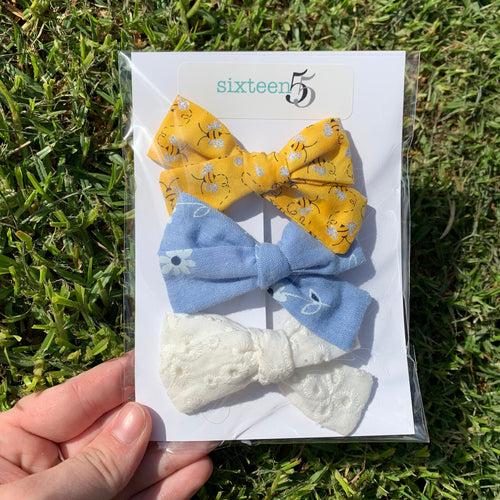Bow Card - 3 Pack - Daisy, White & Yellow Bees