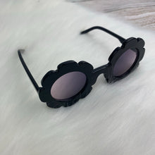 Load image into Gallery viewer, Daisy Sunglasses - Black