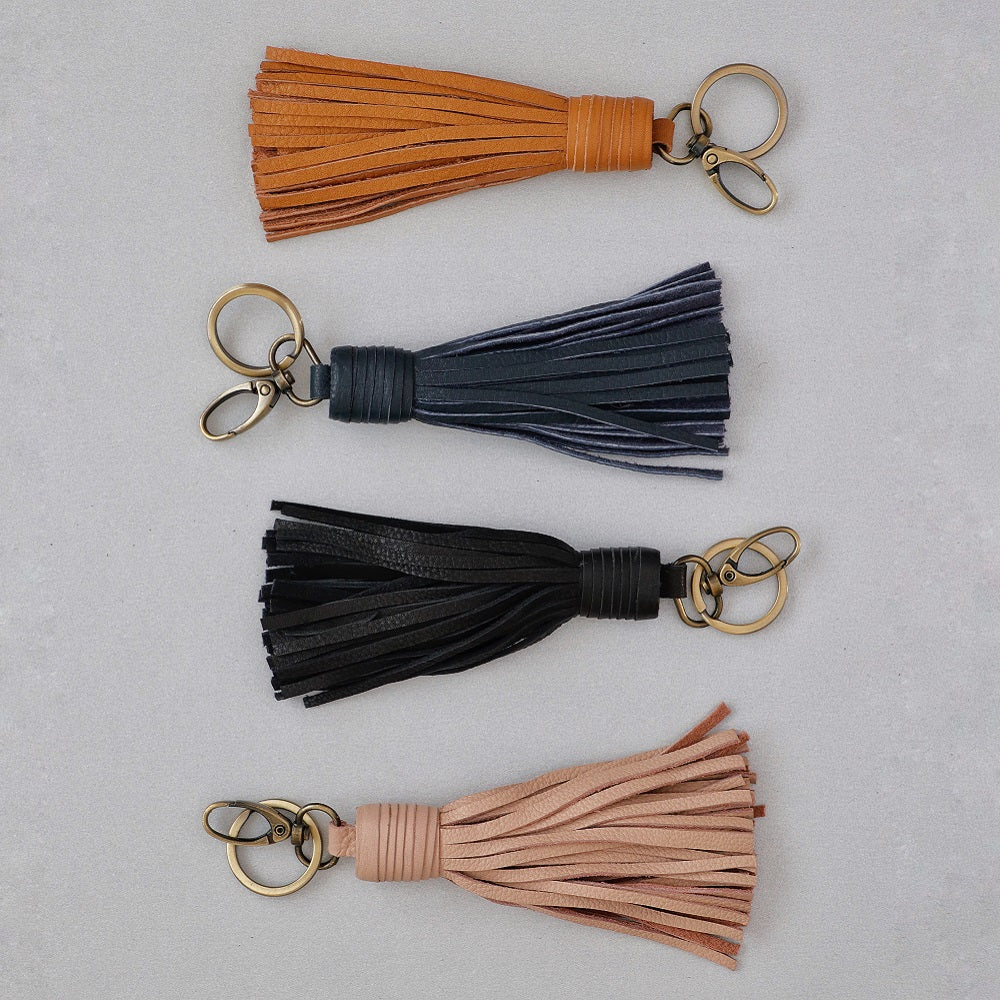 Nelly Tassel Keyring - Black