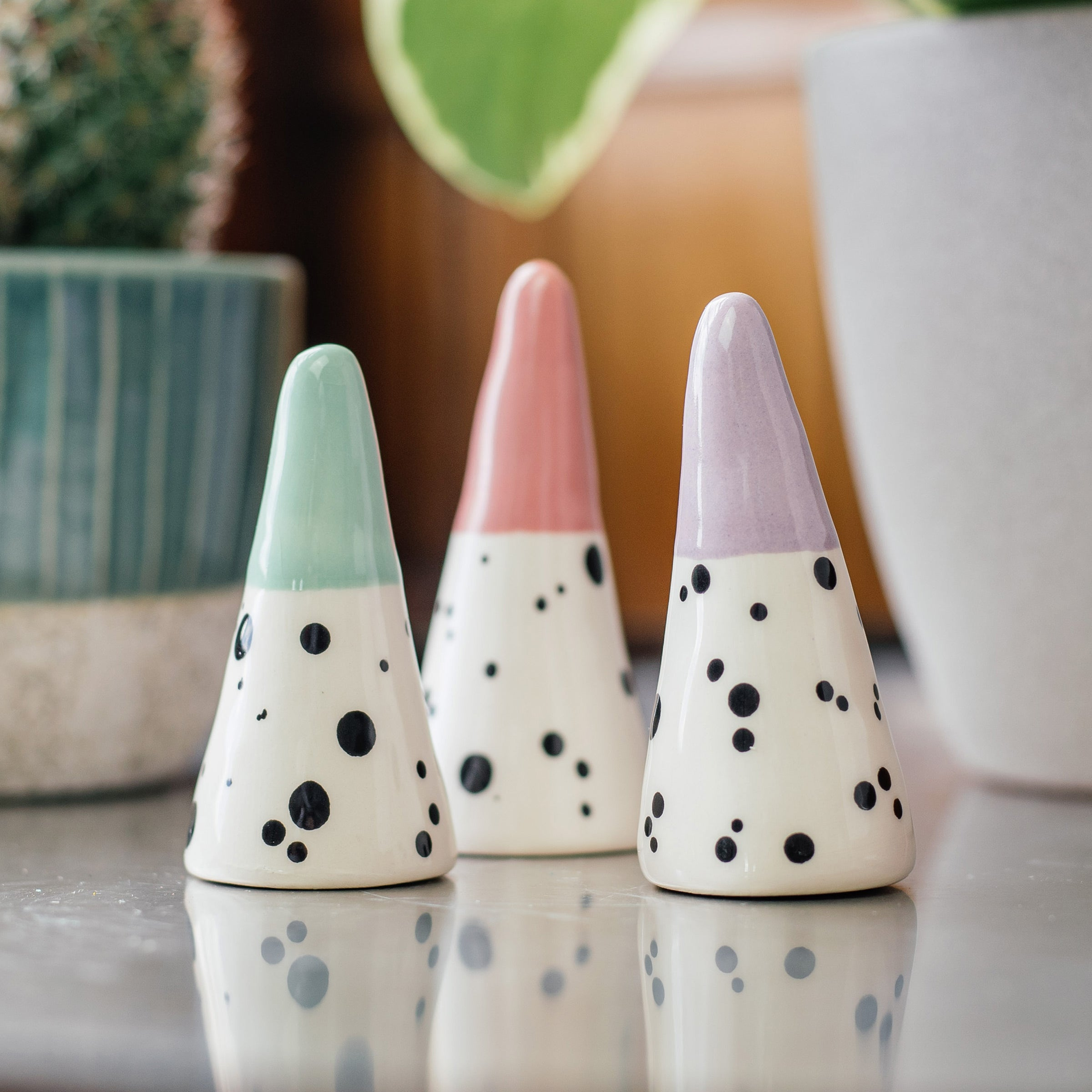 EllARTshop Dalmatian Dots Ring Cones — The Tetley Shop