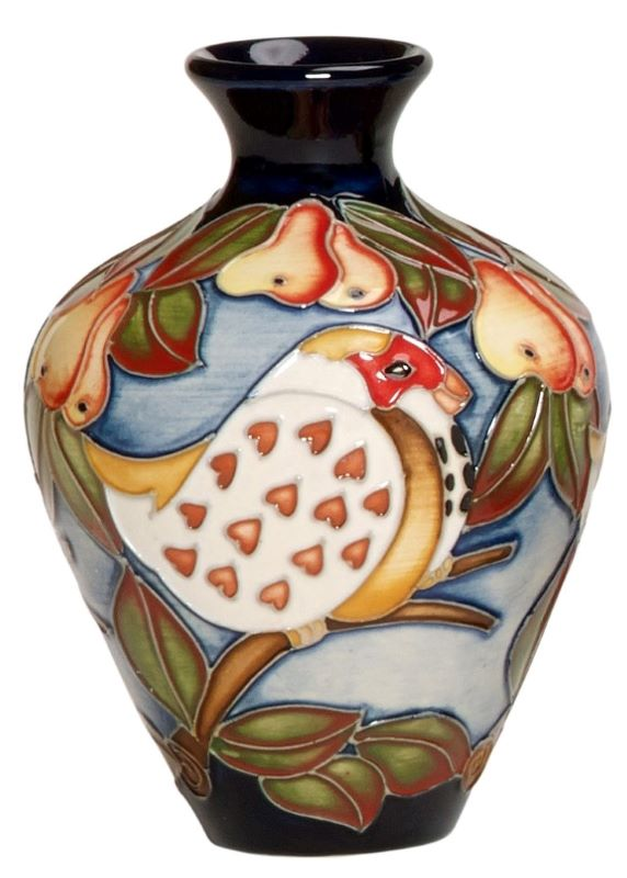 Moorcroft 12 Days of Christmas - 1 PARTRIDGE IN A PEAR TREE 03/4 Vase