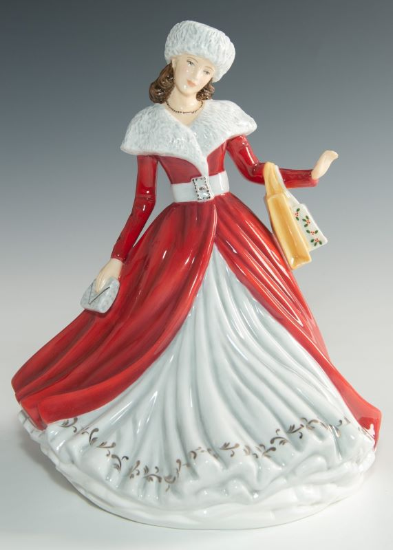 Royal Doulton The Perfect Christmas Gift 2019 Annual Christmas Day Figurine of the Year HN5921