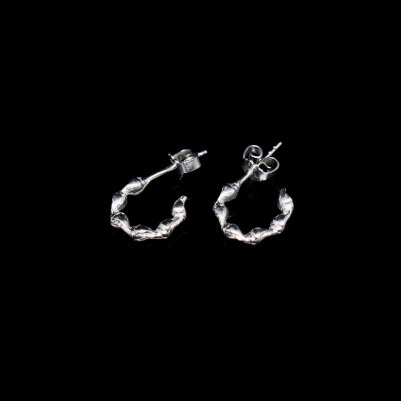 Conches Earrings - 1 Row - Small Open Hoop - White Gold