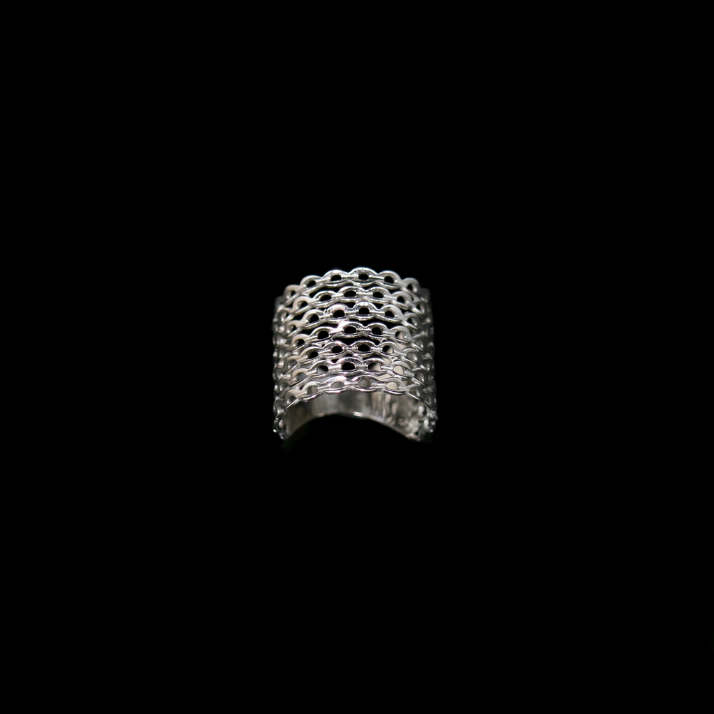 Knitting Ring - Small Stitch - Wide Band - White Gold
