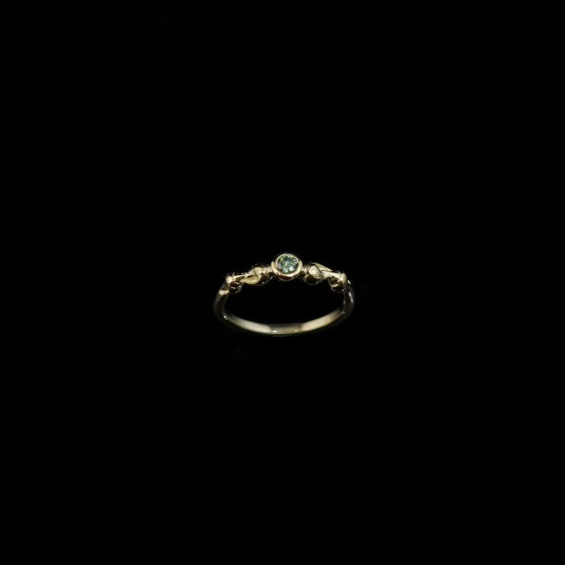 Conches Ring - 0.10ct Diamond (3mm) - Gold