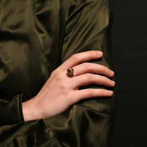 Knitting Ring - Sphere - Gold