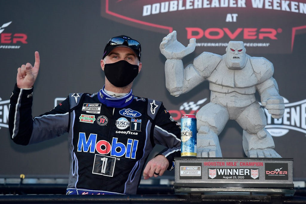 HARVICK SECURES REGULAR SEASON TITLE AS HE LEADS HOME ALPINESTARS TOP-FIVE LOCKOUT IN NASCAR ON SUNDAY AT DOVER