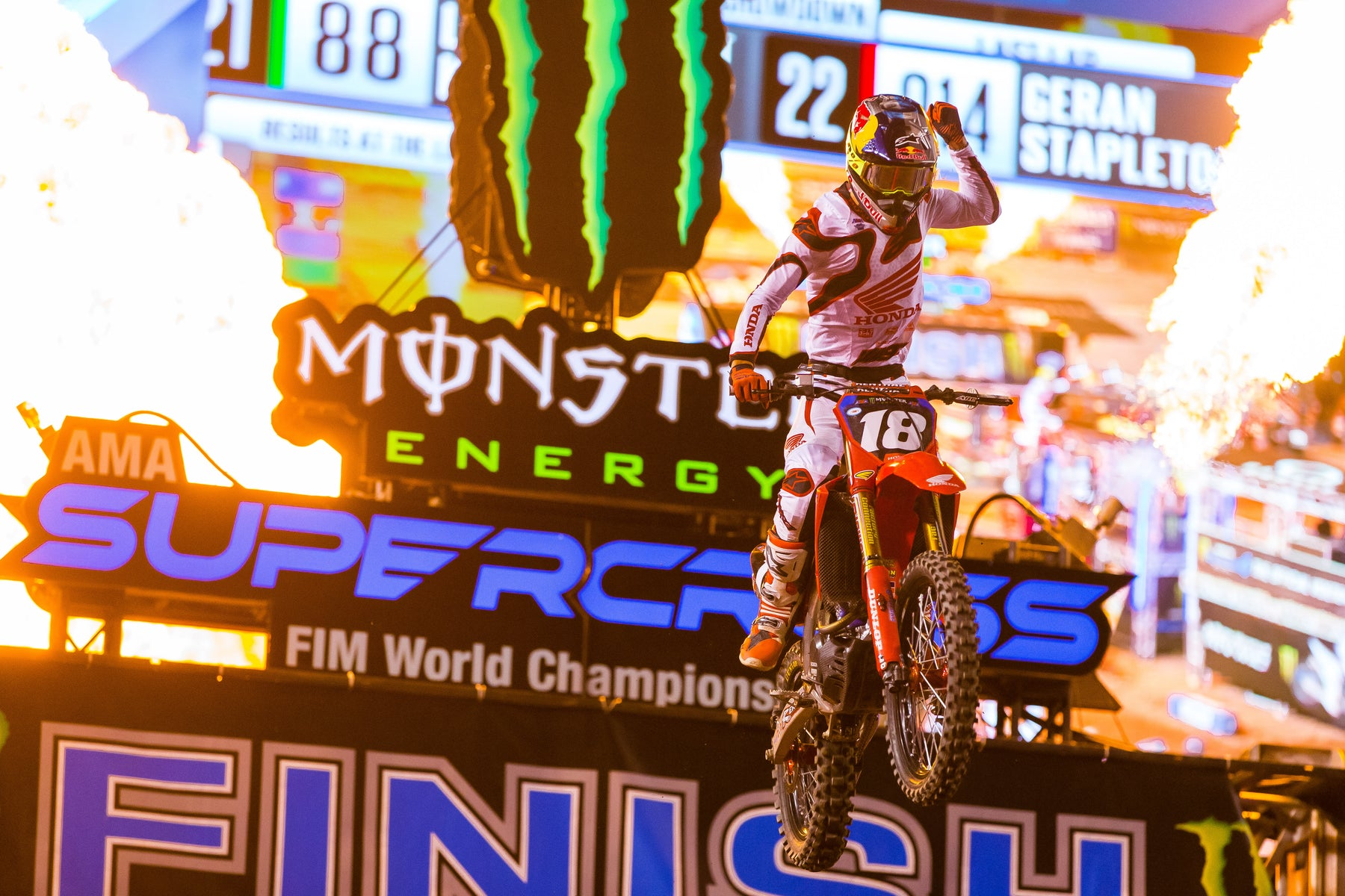 ALPINESTARS SALT LAKE CITY 2 (EAST/WEST SHOWDOWN) 250SX MAIN EVENT PODIUM LOCK-OUT AS JETT LAWRENCE WINS;   COLT NICHOLS SECOND, HUNTER LAWRENCE THIRD