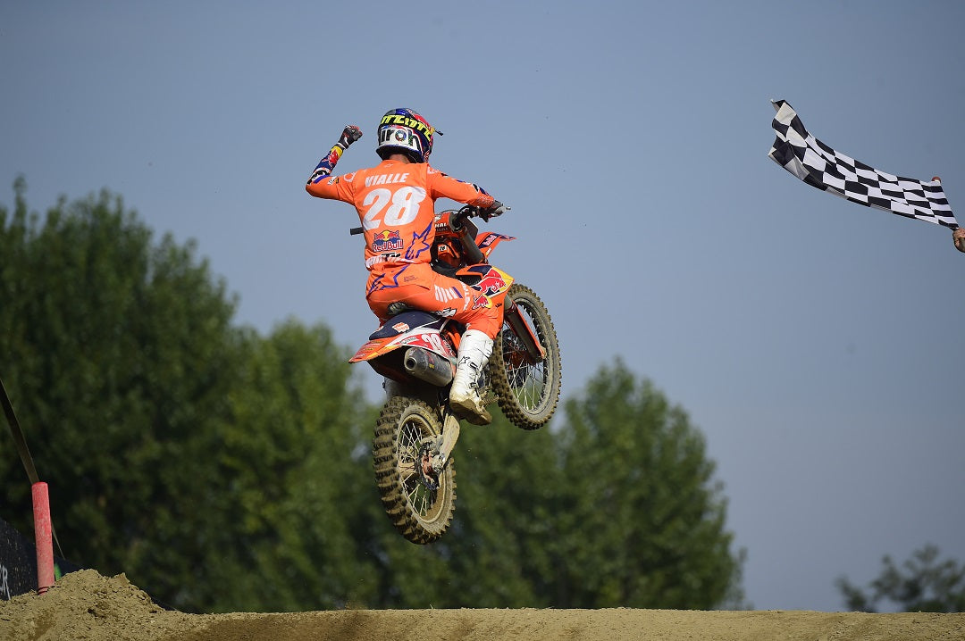 TOM VIALLE IN HUNT FOR MX2 GLORY AT MANTOVA, ITALY