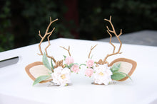 Load image into Gallery viewer, Reindeer antler clips - white