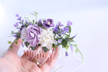 Load image into Gallery viewer, Floral hair comb - Violet fields