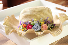 Load image into Gallery viewer, Floral hat - Eve
