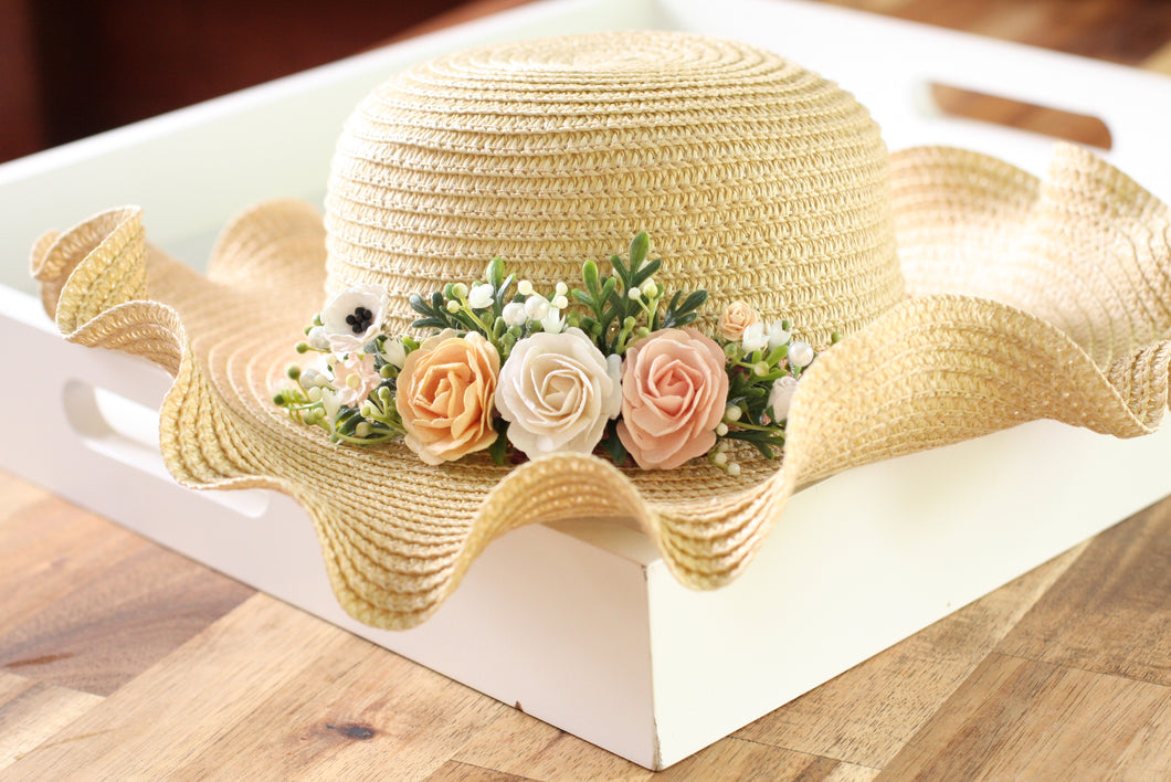Floral hat - Perfectly Peach