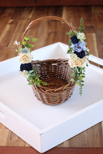Load image into Gallery viewer, Floral Basket - Starlight