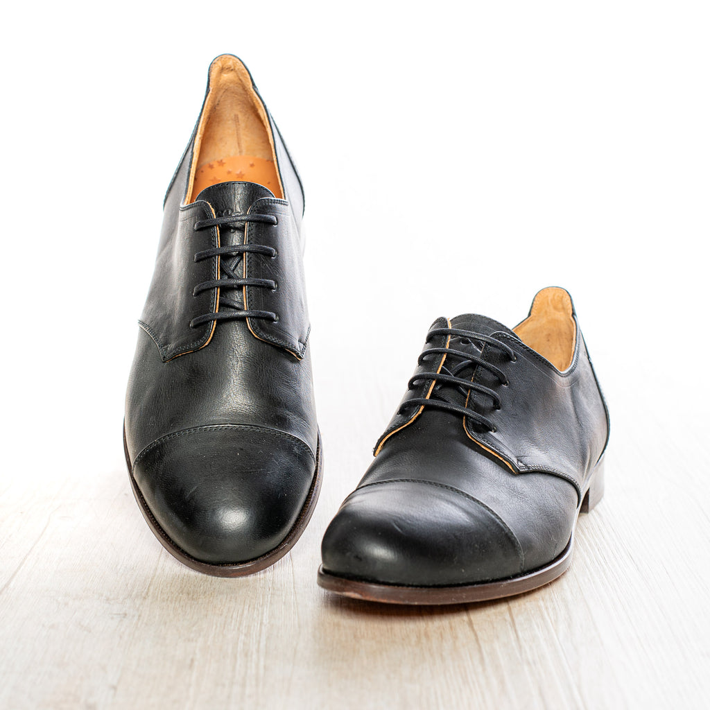 Cap Toe Black